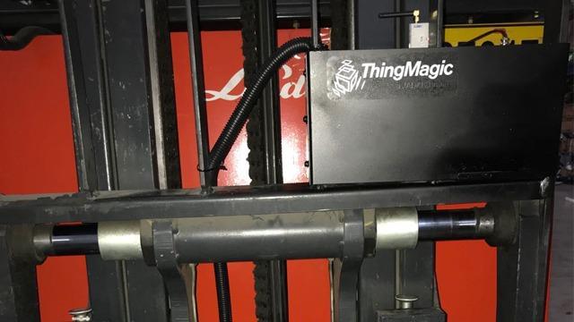 叉车读写器在RFID智能仓储管理系统中的应用